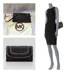 Like-New Michael Kors Noami Leather Zipper Clutch